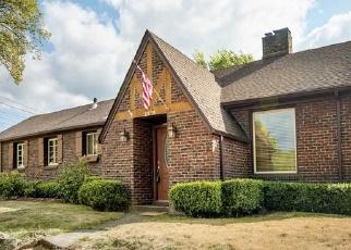 Foreclosed Home in NICHOLS BLVD, Longview, WA - 98632