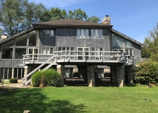 Foreclosed Home en HUBBARD RD, East Aurora, NY - 14052