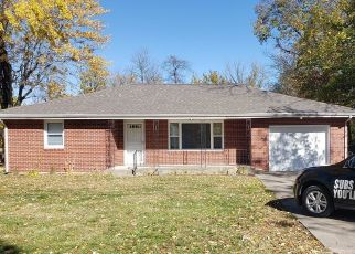 Foreclosed Home in E STREETER AVE, Muncie, IN - 47303