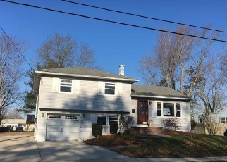 Foreclosed Home in HADDON RD, Somers Point, NJ - 08244