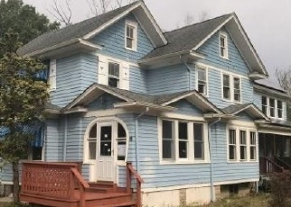 Foreclosed Home in N MAPLE AVE, Tuckerton, NJ - 08087