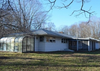 Foreclosed Home en NUT PLAINS RD, Guilford, CT - 06437