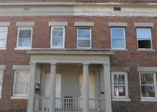 Foreclosed Home en DOVER ST, Bridgeport, CT - 06610
