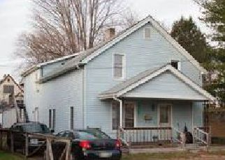 Foreclosed Home en SHOOK AVE, Stroudsburg, PA - 18360