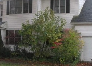 Foreclosed Home in WHEELERS FARMS RD, Milford, CT - 06461