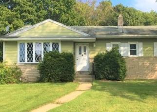Foreclosed Home in FAIRMOUNT DR, Glassboro, NJ - 08028