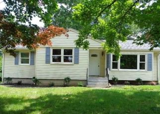 Foreclosed Home en FERN ST, Rocky Hill, CT - 06067
