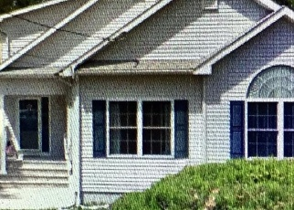 Foreclosed Home in SHORE AVE, Manahawkin, NJ - 08050