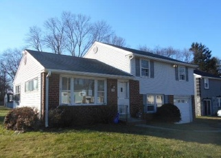 Foreclosed Home en STORY RD, Aston, PA - 19014