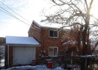 Foreclosed Home en ABER RD, Verona, PA - 15147