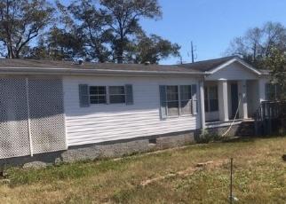 Foreclosed Home en CENTENNIAL DR, Byron, GA - 31008