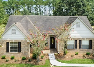 Foreclosed Home in WOODLAND HILLS DR, Biloxi, MS - 39532