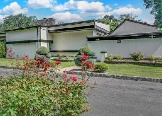 Foreclosed Home in JOE PARKER RD, Lakewood, NJ - 08701