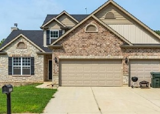 Foreclosed Home en SAINT CHARLES DR, Hillsboro, MO - 63050
