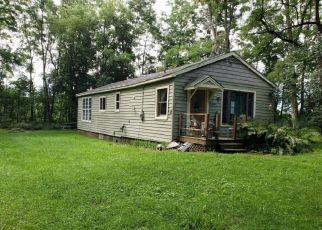 Foreclosed Home en FAIRWAY DR, Westmoreland, NY - 13490