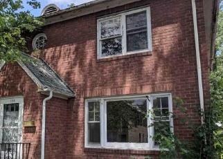 Foreclosed Home en SMITH AVE, Kingston, NY - 12401