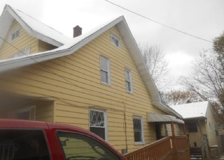 Foreclosed Home en RIVERSIDE DR, Erie, PA - 16510