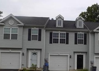 Foreclosed Home en TROUT CREEK LN, Allentown, PA - 18103