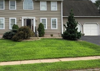 Foreclosed Home in ARESCO DR, Middletown, CT - 06457