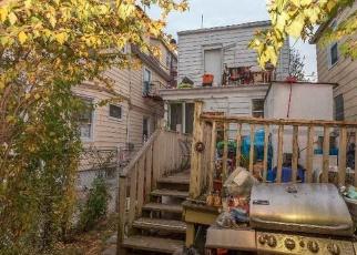 Foreclosed Home en 38TH AVE, Corona, NY - 11368