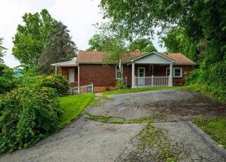 Foreclosed Home en WALNUT ST, Mckeesport, PA - 15132