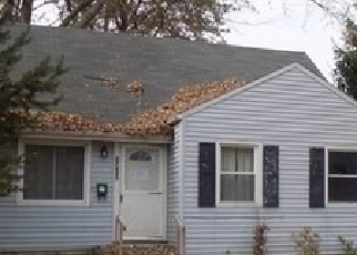 Foreclosed Home en CEDAR DR, Lorain, OH - 44052