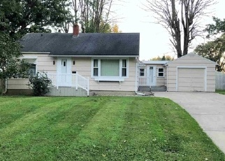 Foreclosed Home in E 27TH ST, Marion, IN - 46953