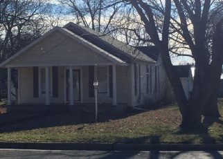 Foreclosed Home in E 6TH ST, Pana, IL - 62557