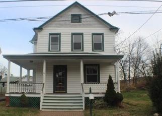 Foreclosed Home en LAKE ST, Highland Falls, NY - 10928