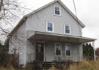 Foreclosed Home en BAILEY ST, Brooklyn, CT - 06234