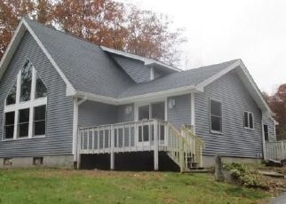 Foreclosed Home en STICKNEY HILL RD, Stafford Springs, CT - 06076