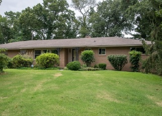 Foreclosed Home in MAYWOOD LN, Chattanooga, TN - 37416
