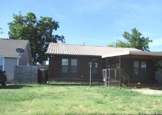 Foreclosed Home in NW ARLINGTON AVE, Lawton, OK - 73507