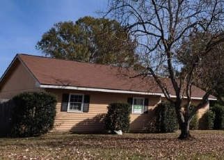 Foreclosed Home en COUNTRYWOOD DR, Warner Robins, GA - 31088