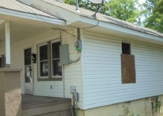 Foreclosed Home in PINEWOOD ST, Hot Springs National Park, AR - 71913