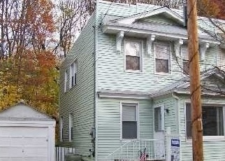 Foreclosed Home en 98TH ST, Woodhaven, NY - 11421