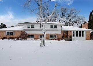 Foreclosed Home en THERESA ST, Saint Paul, MN - 55120