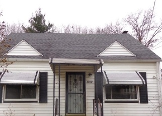 Foreclosed Home en CORDOVA AVE, Akron, OH - 44320
