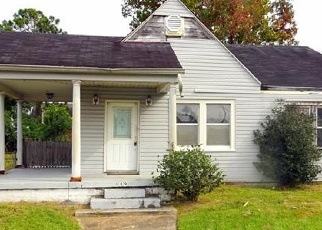 Foreclosed Home in RENPASS AVE, New Orleans, LA - 70123