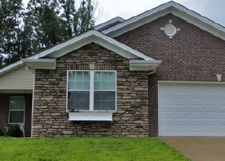 Foreclosed Home in VINELAND PARKWAY DR, Vine Grove, KY - 40175