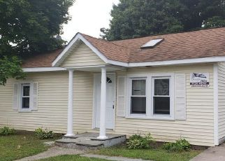 Foreclosed Home in CANTON ST, West Haven, CT - 06516