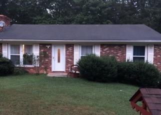 Foreclosed Home en VALLEY RIDGE DR, Vinton, VA - 24179
