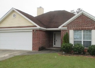 Foreclosed Home en W TAHOE DR, Savannah, GA - 31405