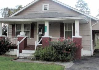 Foreclosed Home in SUNRISE DR, Elizabethton, TN - 37643