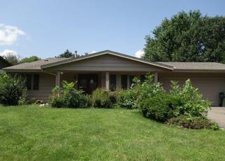 Foreclosed Home en GIRARD AVE S, Burnsville, MN - 55337