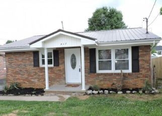 Foreclosed Home in ROOSEVELT ST, Johnson City, TN - 37601