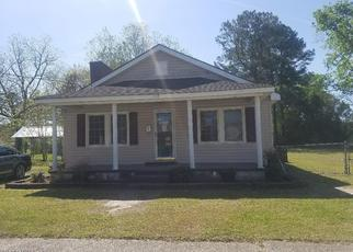 Foreclosed Home in BEECH ST, Williamston, NC - 27892