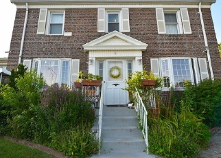 Foreclosed Home en 45TH AVE, Flushing, NY - 11358