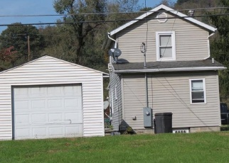 Foreclosed Home en HOOD ST, Brownsville, PA - 15417