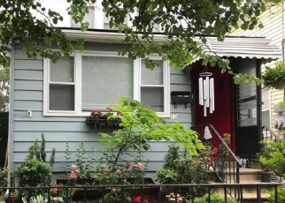Foreclosed Home en 89TH ST, Ozone Park, NY - 11417